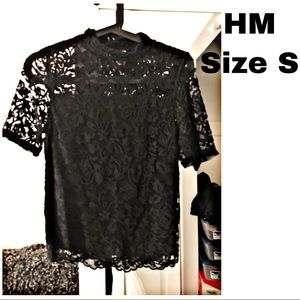 H&M black lace short sleeve top S